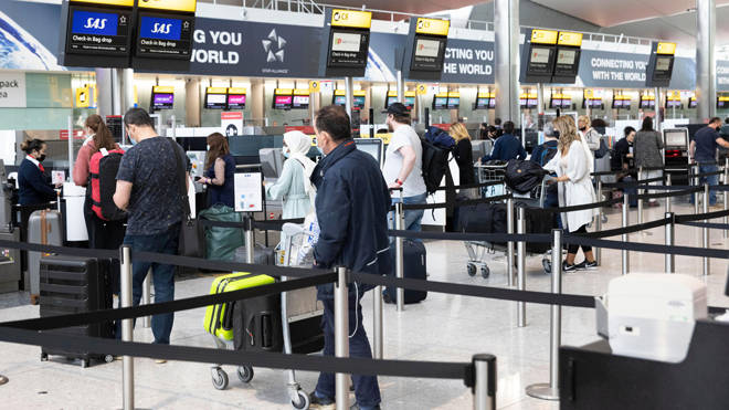 Border officers in England no longer have to verify whether new arrivals have received a negative Covid test, according to reports