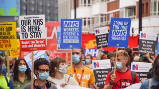 The Government has been under increasing pressure to give NHS staff a pay rise
