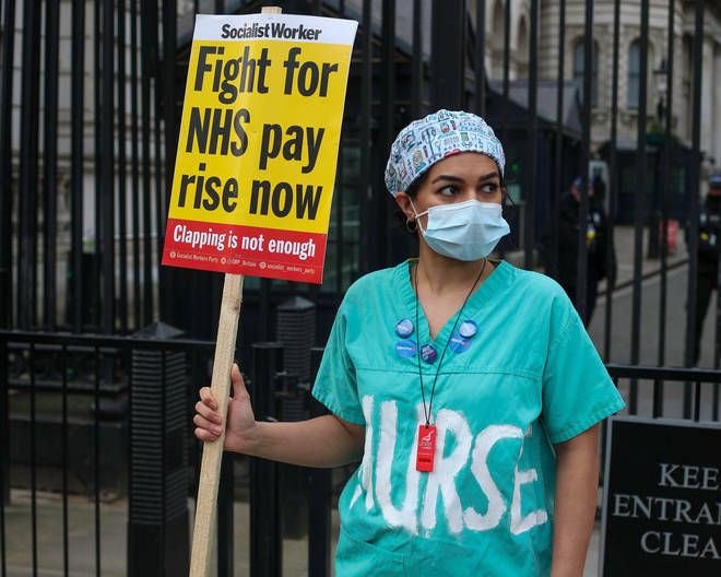 NHS workers are set to receive a 3% pay rise