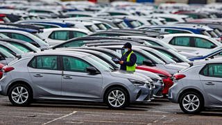 Staff shortages hitting car industry