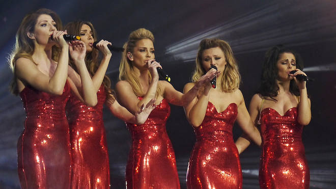Sarah Harding (centre) performing with Girls Aloud at London's O2 Arena in 2013