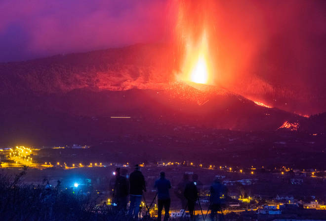 """More towns have been evacuated on La Palma as the volcanic activity """"intensifies"""""""