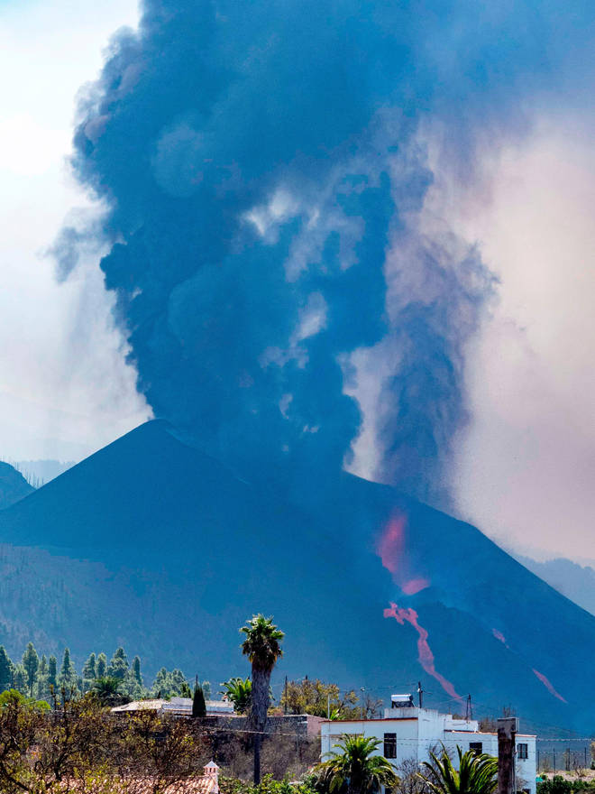 The northern flank of the volcano collapsed over the weekend, triggering new lava flows.