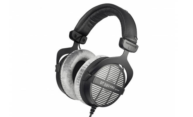 Beyer Dynamic DT990 Headphones