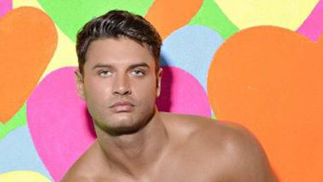 Love Island's Mike Thalassitis spilled all the Villa goss during his chat with Lucy Beresford Photo: ITV