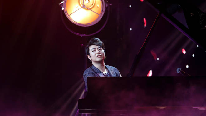 Lang Lang performing at The Global Awards 2019 with Very.co.uk