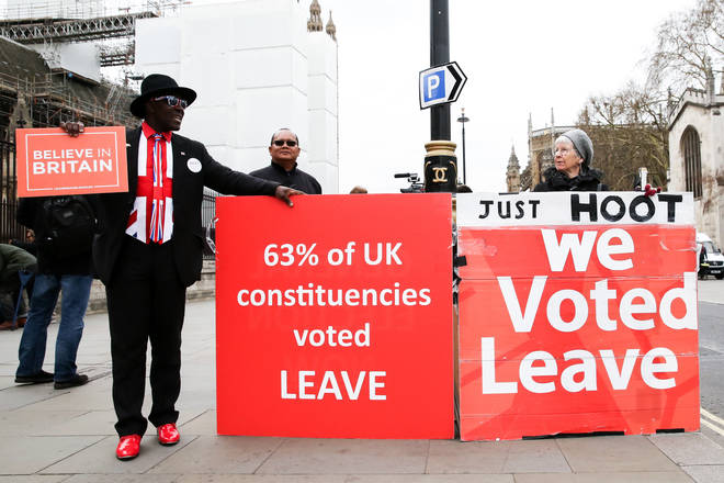 Leave Means Leave protesters ask drivers to hoot