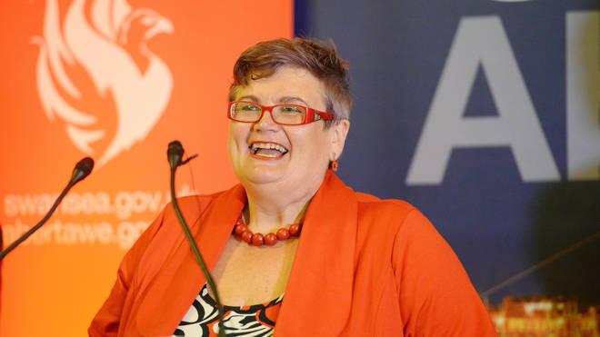 Carolyn Harris.