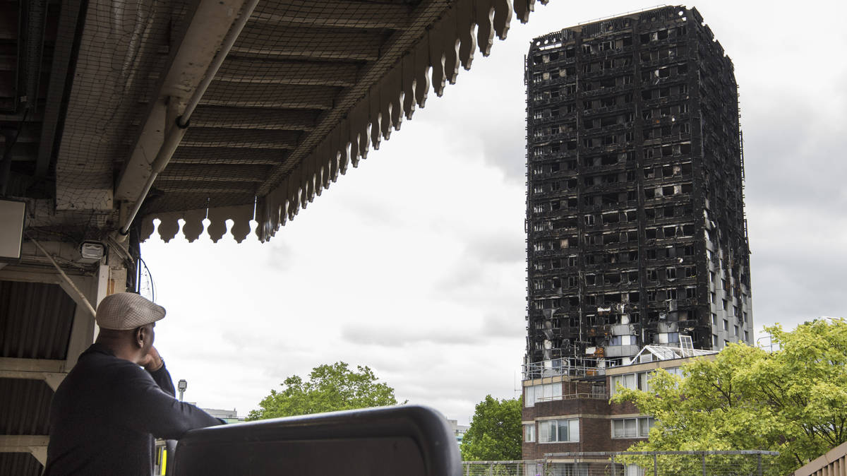 Wind Blowing On Building : Grenfell tower to be covered up because wind is blowing