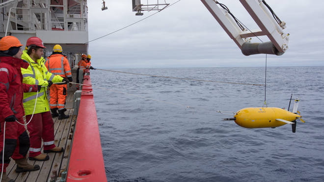 Boaty McBoatface makes its debut into the Southern Ocean in 2017