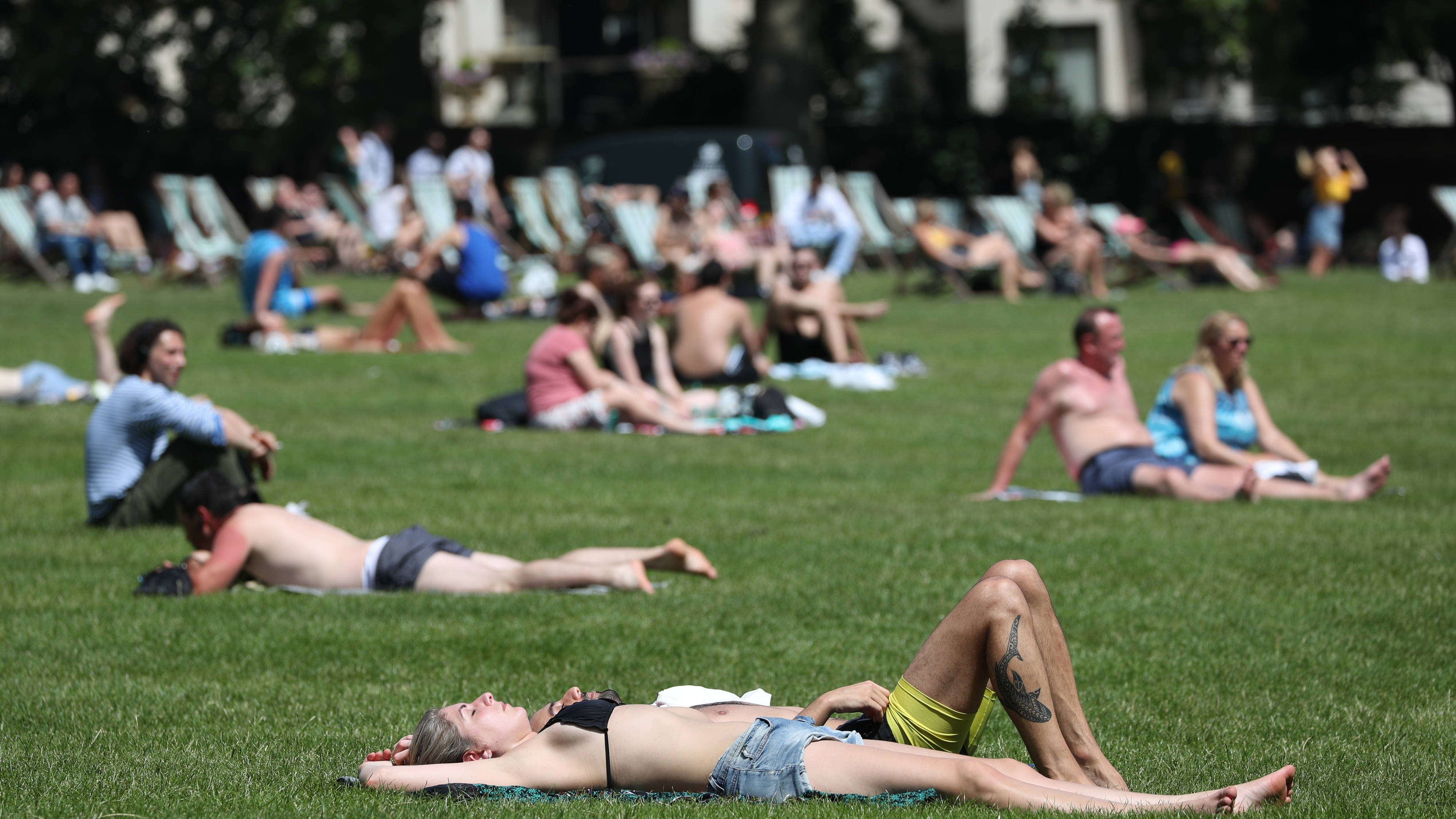 Everything You Need To Know About How To Stay Cool In The Heatwave
