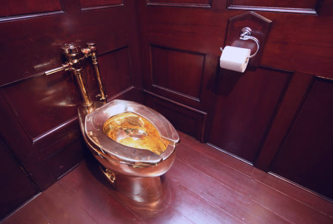 The toilet at Blenheim Palace before it was stolen