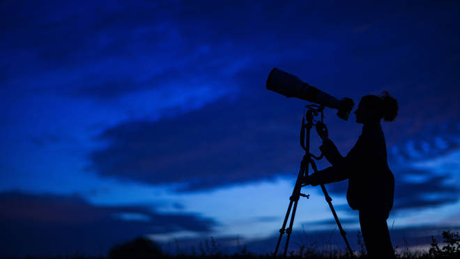 Looking through a telescope may limit the view of the Draconids