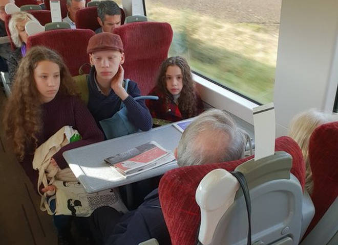 Amanda's children were forced to share two seats between three of them