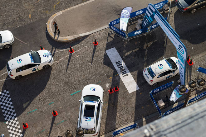 FIA Smart Driving Challenge uses AI to analyse driving and encourage safer and  more eco-friendly behaviour on the road.