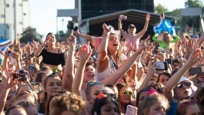 Crowds watching Lewis Capaldi perform at TRNSMT Festival