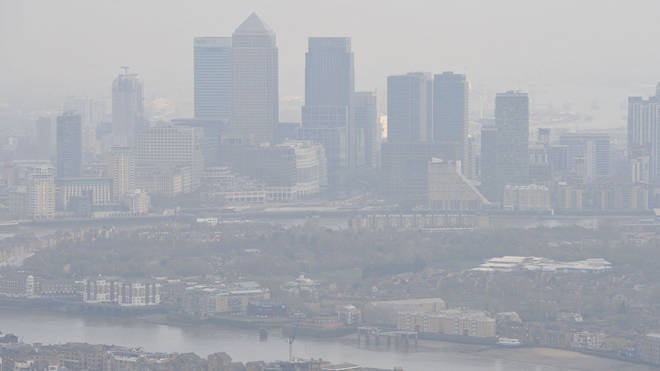 Lung cancer link: air pollution hangs over London
