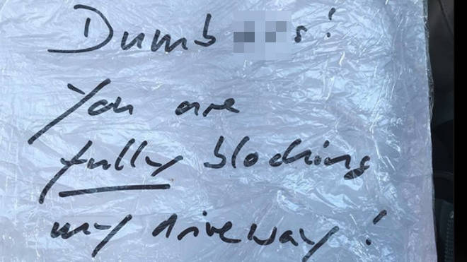 The angry note left on the ambulance